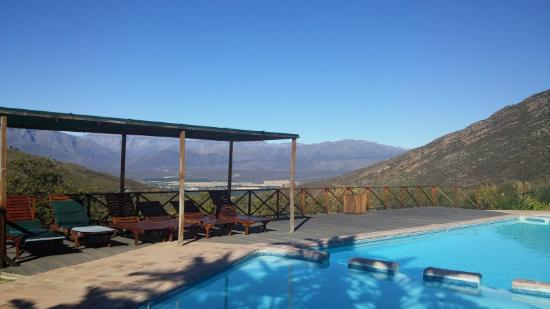 View from pool picture of piekenierskloof mountain for Western pool show 2015
