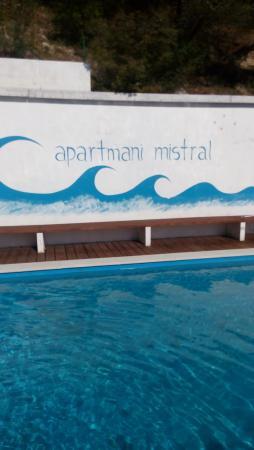 Мимице, Хорватия: Pool area