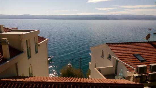 Мимице, Хорватия: View from outdoor pool area