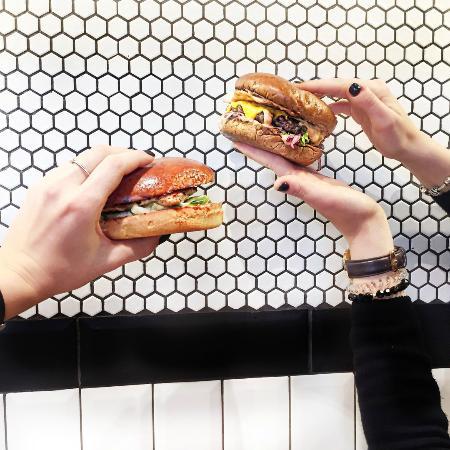 SB Burgers: BB&burgers