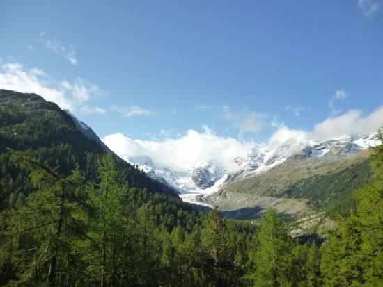 Rhaetian Railway in the Albula / Bernina Landscapes : Ледник