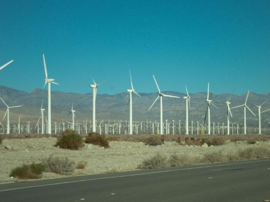 Desert Vacation Villas: passing wind on our way to Joshua Tree National Park
