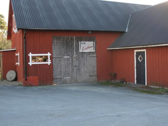 Tofta, Schweden: Puben