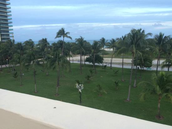 Crescent Resort On South Beach: View from the roof - there are chairs and a table to sit at.