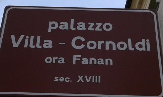 Palazzetto Dei Villa, Cornoldi - Ora Fanan - Villa Della Carboneria