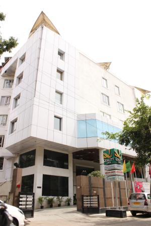 Quality Inn Shravanthi