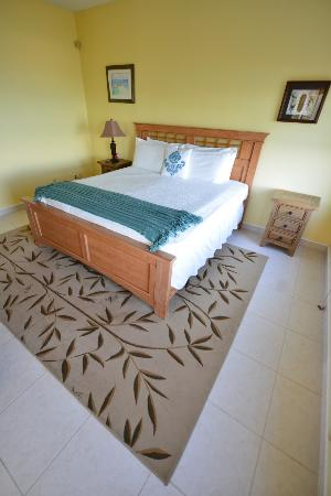 Breezy Palms Villa: master bedroom