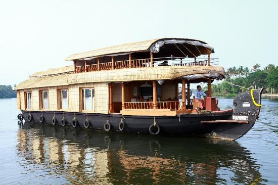 ‪Budget Houseboats Kerala - Day Tours‬
