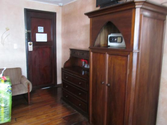 hotel sierra madre muebles estilo colonial