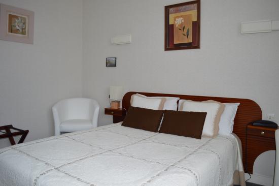 Hotel Christina : chambre double supérieure côté jardin