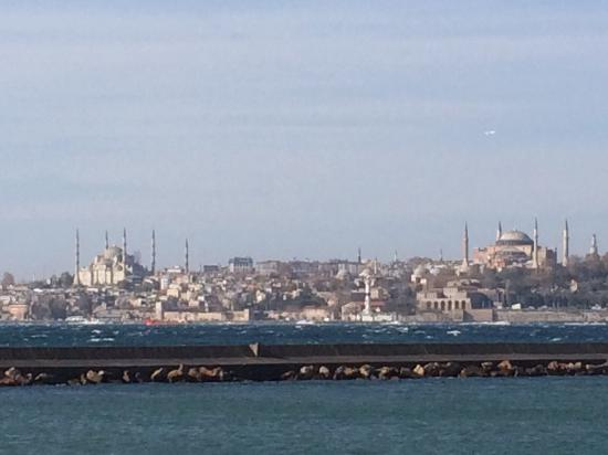 Akin Suites Istanbul: View from the ferry dock