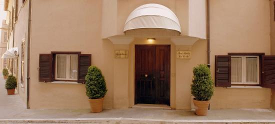Residence San Pietro La Corte: Reception