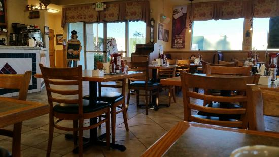 Loma Linda, CA: Coffee and french toast