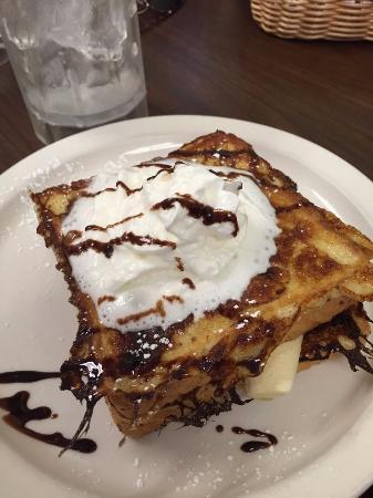 Blakeslee, PA: Chocolate Banana French Toast