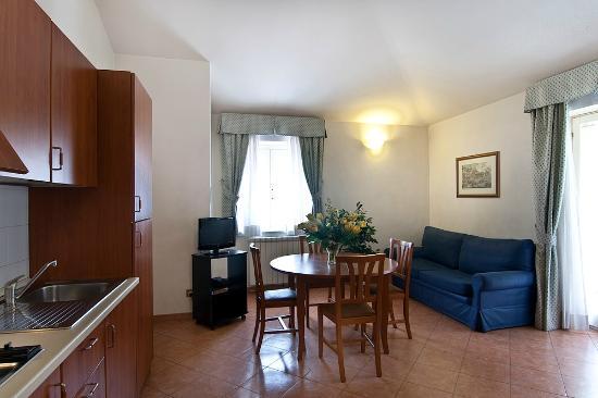 Residence San Pietro La Corte: Borromini living room