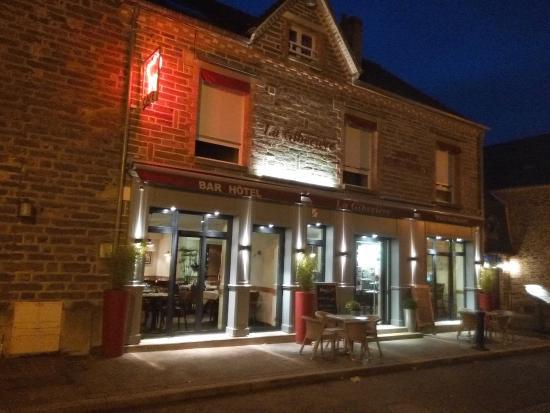 Hôtel-Restaurant La Gibecière : FACADE
