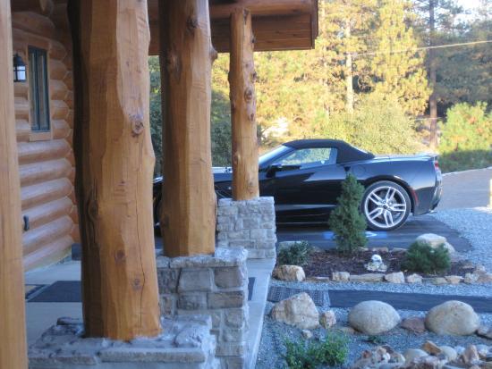 Murphys, Καλιφόρνια: ADA parking location at entrance