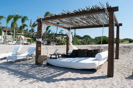 Four Seasons Resort Punta Mita: Las Cuevas Beach