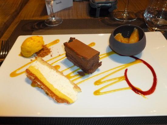 Miribel, Francia: L'assiette de desserts
