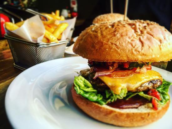 Haché Gourmet Burgers, København - Restaurantanmeldelser - TripAdvisor