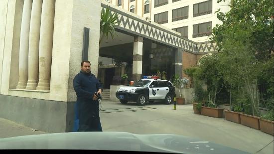 Sheba Hotel: Entrance