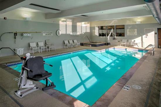 Hampton Inn Missoula: Our Indoor, Heated Pool