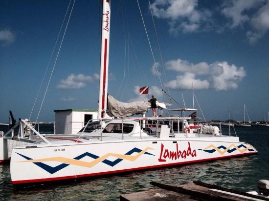 Zatoka Simpson, Sint Maarten: A embarcação