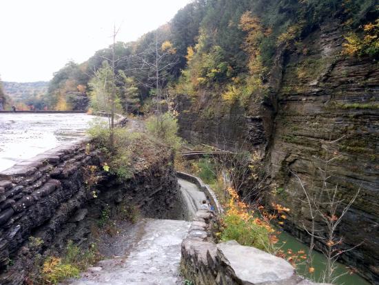 lower falls gorge picture of letchworth state park castile rh tripadvisor com
