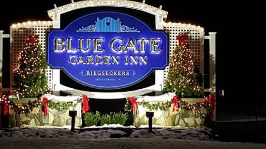 Lobby picture of blue gate garden inn shipshewana Blue gate garden inn shipshewana in