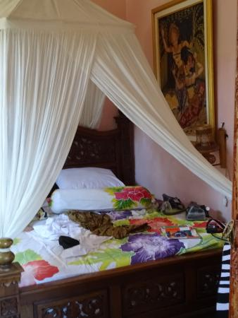 Praety Home Stay: Bed