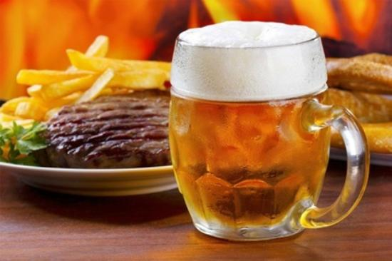 Mangakino, Nieuw-Zeeland: Steak Meal and Beer