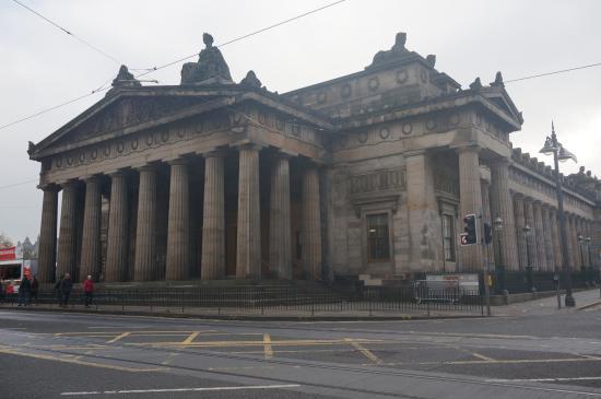 Royal Scottish Academy: Ein beeindruckender klassizistischer Bau