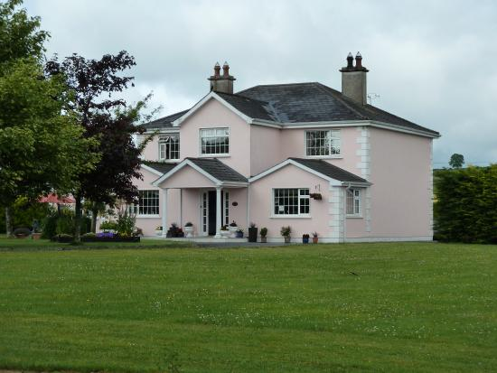 Photo of Tir Na Nog Bed & Breakfast Cashel