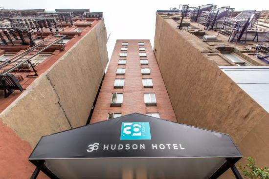 36 Hudson Hotel: Hotel Exterior