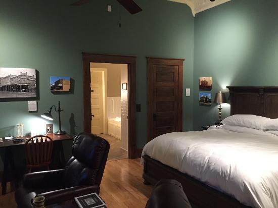 Pocahontas, AR: Room/Suite