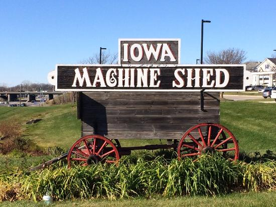 iowa machine shed urbandale