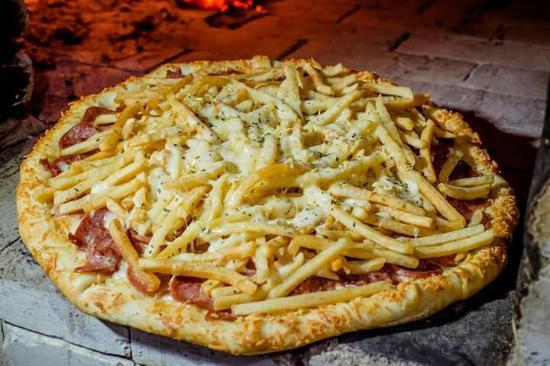 Pizza turbinada com Batata frita - Foto de Dom Moretto Ararangu -  Tripadvisor