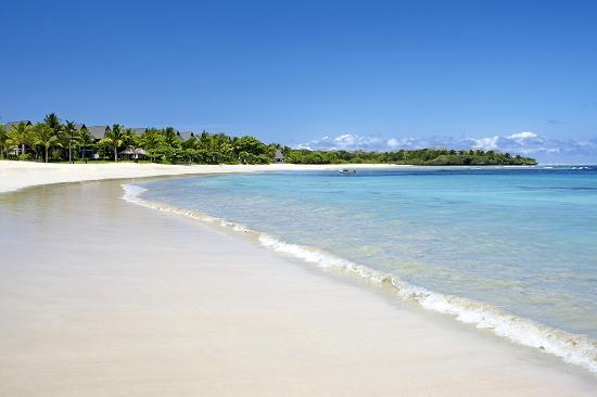 InterContinental Fiji Golf Resort & Spa: Sunny Natadola Bay