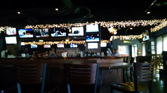 Hammerhead Seafood and Sports Grille