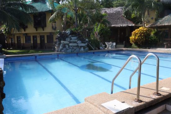 Puerto Nirvana Beach Resort : Swimming pool
