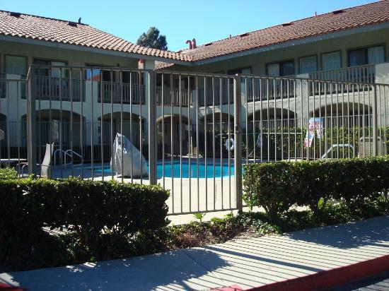 Good Nite Inn Camarillo: Clean, Good Location - Good Nite Inn, Camarillo, CA
