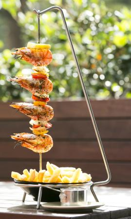 Esplanade Hotel Fremantle - by Rydges: The Harbour Master hanging skewers