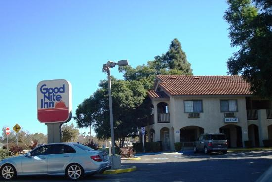 Good Nite Inn Camarillo Clean Location