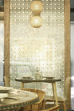 Restaurant Liza : salle table 22