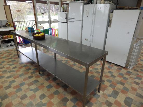 Walpole Lodge: Kitchen - fridges