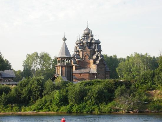 ‪Tikhvin Edinovercheskaya Wooden Church‬