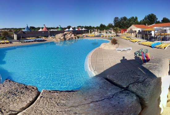 Piscines et toboggans picture of camping acapulco saint - Camping ardeche piscine toboggan ...