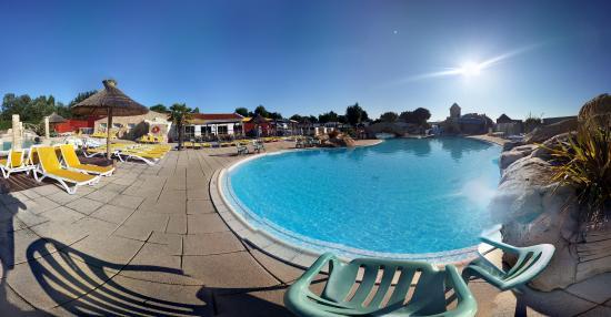 Piscines et toboggans picture of camping acapulco saint for Camping piscine toboggan