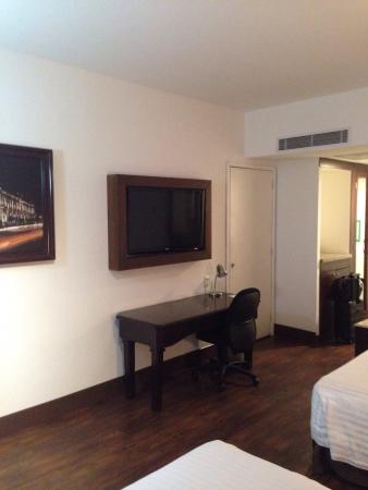 Holiday Inn Hotel & Suites Centro Historico: photo1.jpg