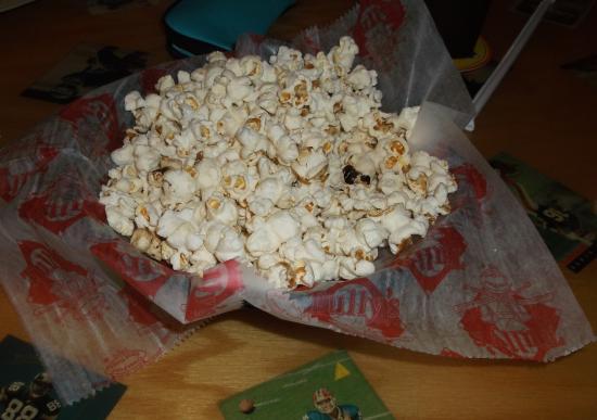 Tully's Good Times: Maïs soufflé en entrée